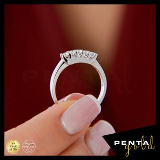 Penta Gold - 14 Ayar Altın Beş Taş Yüzük 0,37 ct. Swarovski Taşlı