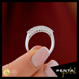 Penta Gold - 14 Ayar Altın Dokuz Taş Yüzük 0,31 ct. Swarovski Taşlı (1)