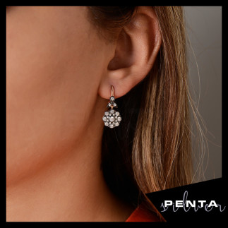 Penta Silver - Elmas Montür Çiçek Gümüş Küpe