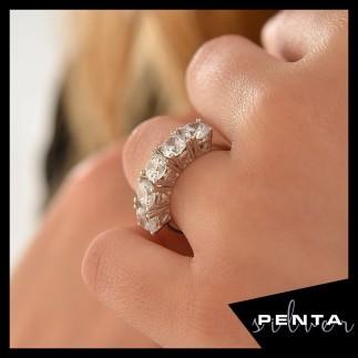 Penta Silver - Kalpli Pırlanta Montür Beştaş Gümüş Yüzük