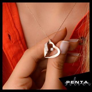 Penta Silver - Taşlı Kalpli Tasarım Gümüş Kolye