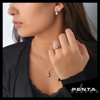 Penta Silver - Yuvarlak Elmas Montür Gümüş Takı Seti